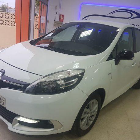 Renault-scenic-16-1-1